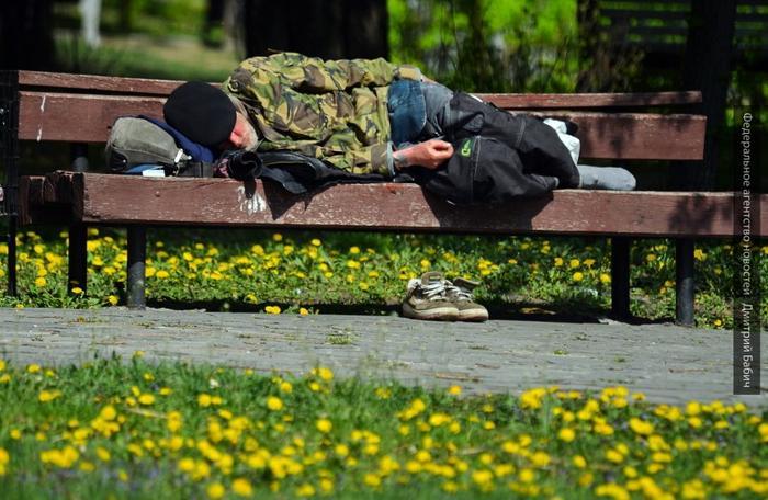 Украинец Деркач готов бежать из Европы: условия для нас хуже, чем в ГУЛАГе
