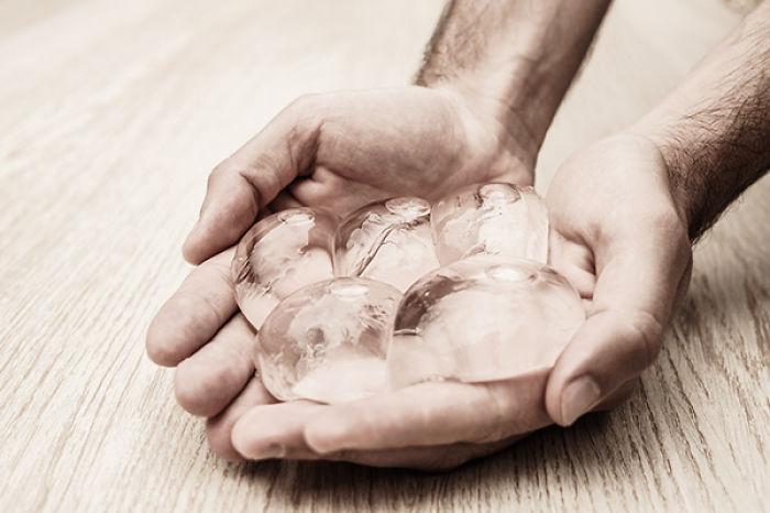 Эта удивительная штука вскоре сможет заменить пластиковые бутылки!