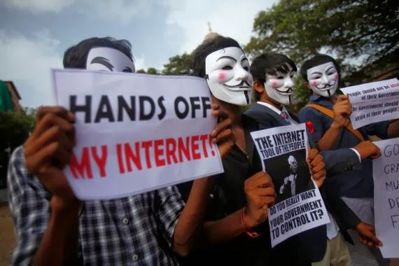 «Интернет — это колония США»