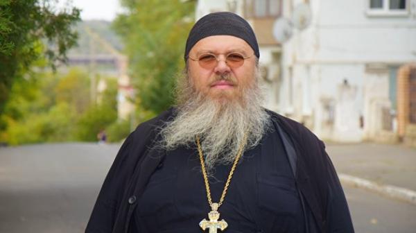 Отец Никита: «Сделайте музыку громче, чтобы не слышали, как нас убивают»