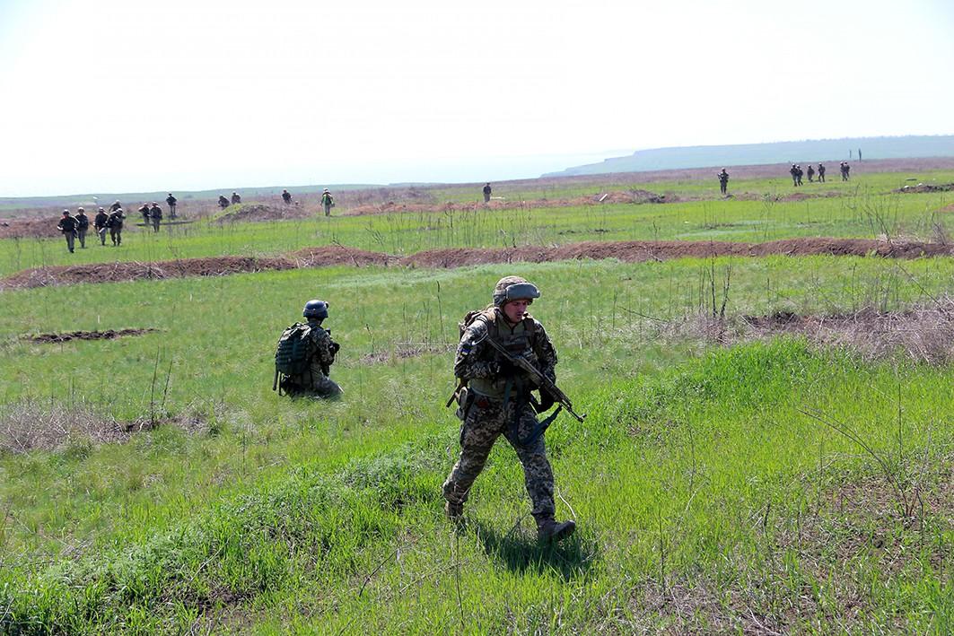 Киевские боевики подготовились отражать «российскую агрессию» на Азове