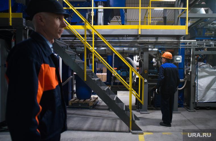 На уральском заводе начали увольнять возрастных рабочих на фоне пенсионной реформы
