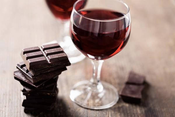 Лучшие сочетания вина и шоколада
