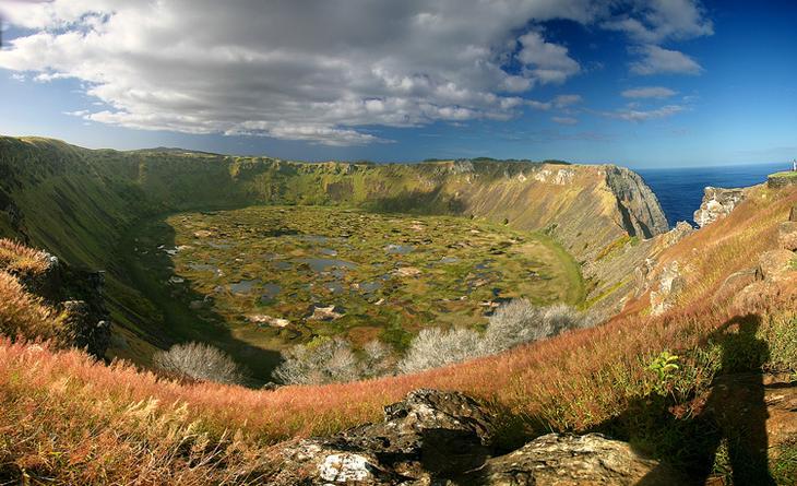 Кратерное озеро Рано Кау, Остров Пасхи