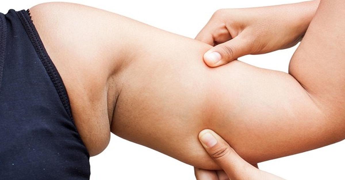 Подмышечный жир: причины, риски и лучшие упражнения для устранения