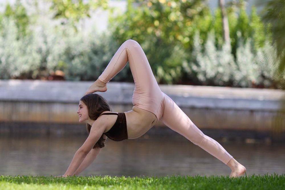 seks-gimnasti-muzhchini-vstal-chlen-foto-strapona-zhenshin-video