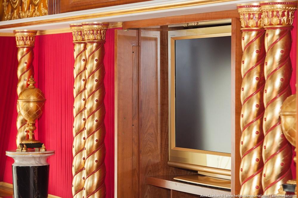 BurjAlArab10 Золото для шейхов и олигархов: самый дорогой номер в семизвездочном отеле Burj Al Arab