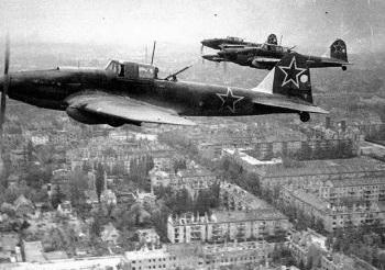 Как еще в 1941 году советские летчики бомбили Берлин
