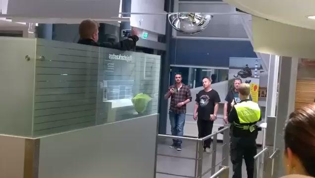 Русские мужики отожгли на финской границе