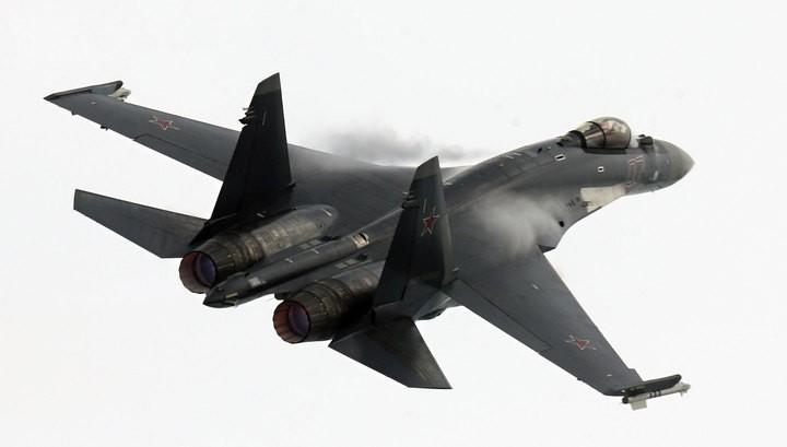 Встреча Су-35 и F-22: российский истребитель оказался лучше американского