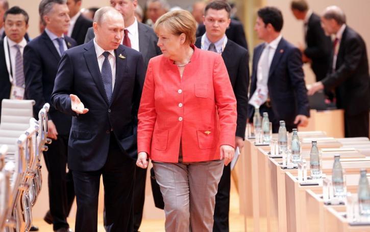 Макрон и Меркель срочно едут…