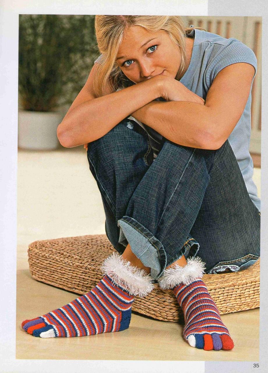 Носочки с пальчиками - оригинальный подарок к НГ