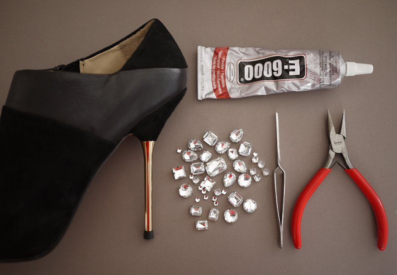 4 способа превратить старые туфли в винтажные