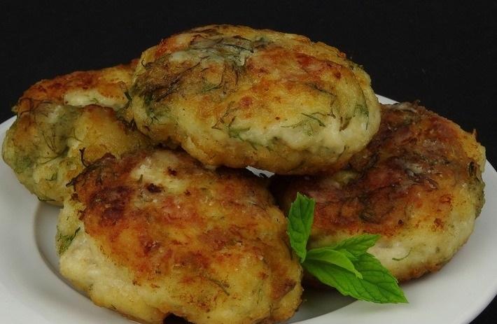 Картинки по запроÑу Легкий и полезный ужин — Котлетки-минутки из куриной грудки