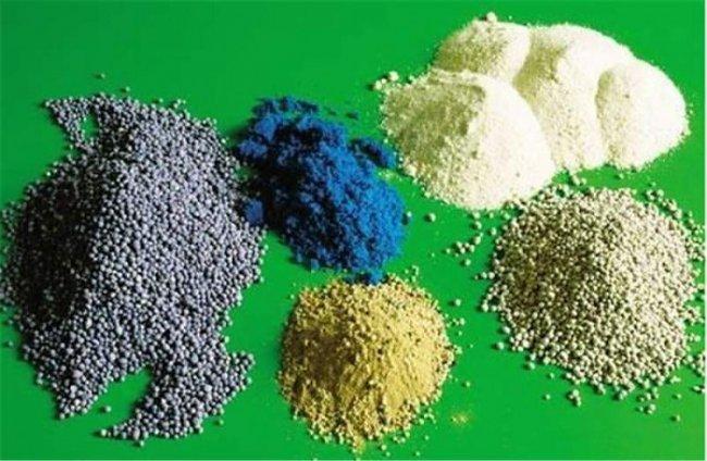 Какие минеральные комплексные удобрения выбрать для сада?