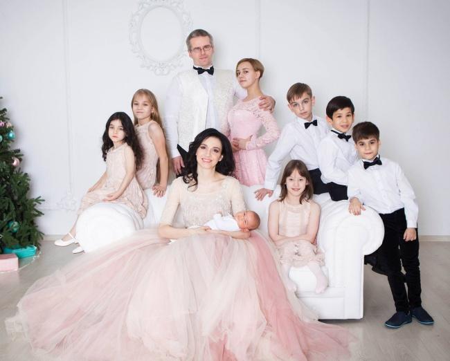 Мама 8 детей: Когда в семье есть правила и родители - главные, то всем хорошо!