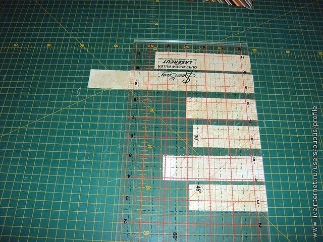 нарезаем остатки белых полос на квадратики 3х3 см