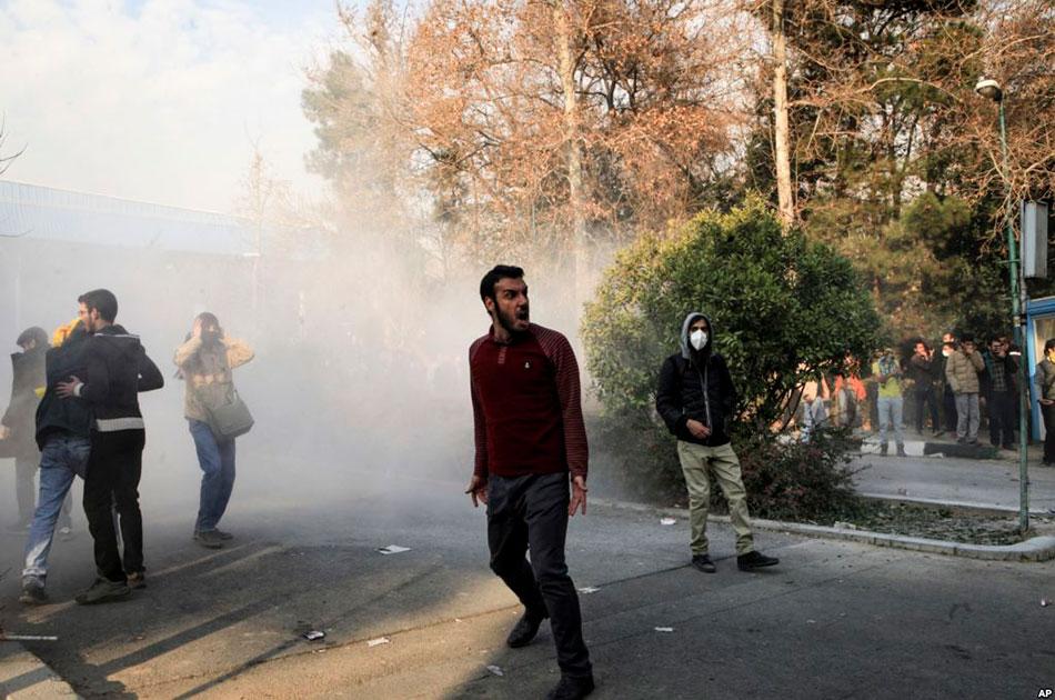 О протестах в Иране