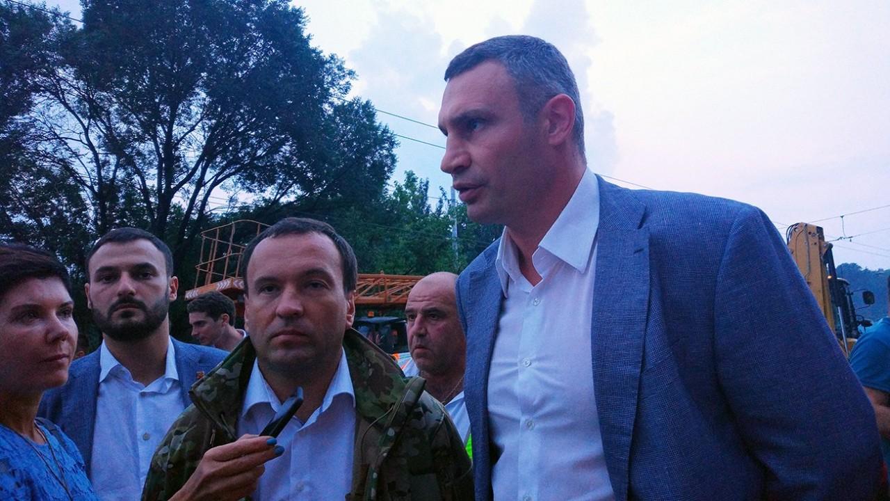 Виталий Кличко предложил отказаться от горячего водоснабжения в Киеве