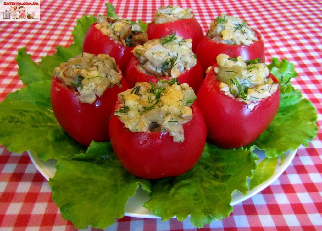 Баклажаны в помидорах