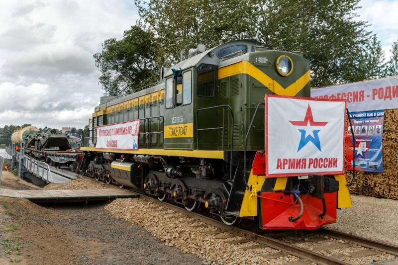 6 августа – День железнодорожных войск