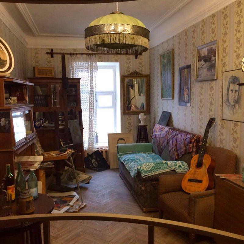 10. А это, кстати, музейная экспозиция, доя сравнения с реальными комнатами коммуналки, коммунальные квартиры, россия, советский быт, фото