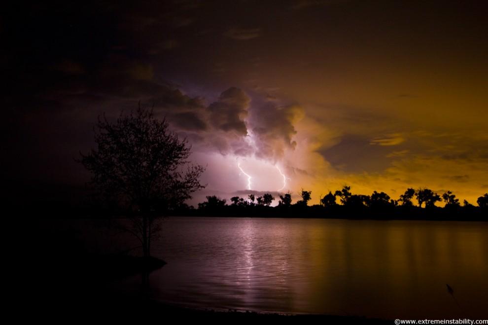 8143 990x659 Когда бьет молния
