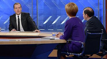 Медведев решил не уходить на пенсию до 70 лет