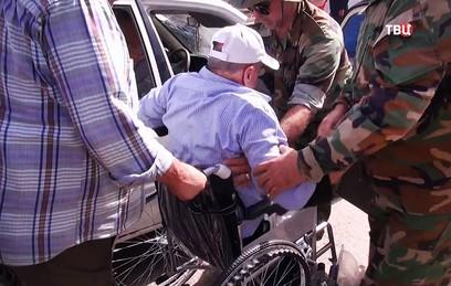 Жителям сирийской Эль-Кунтейры доставили инвалидные кресла