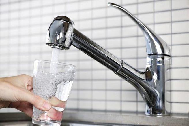 Конец питьевой воды на Украи…
