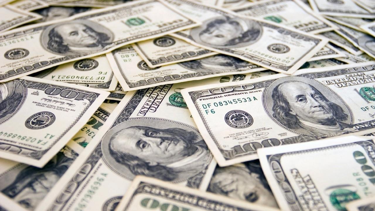 Россия засекретит план дедолларизации экономики