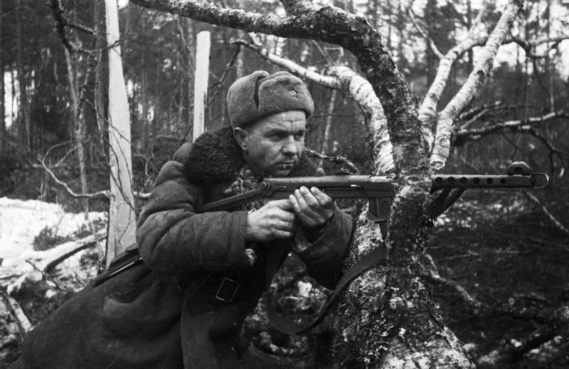 Минобороны представит редкие фотографии о солдатских буднях в 1941-1945 годах