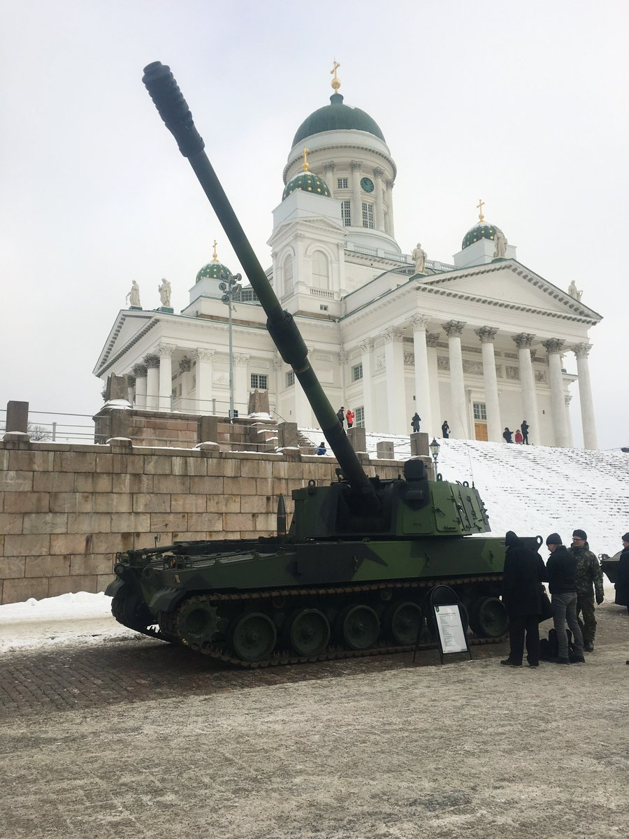 Эстония подписала контракт на приобретение южнокорейских 155-мм/52 самоходных гаубиц К9