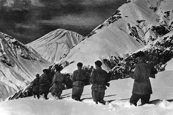 Стяг над Вечной горой история, Великая Отечественная Война, эльбрус, кавказ, герои