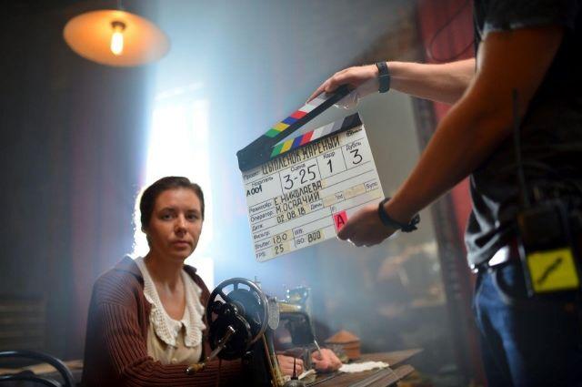 В России стартовали съемки 16-серийного фильма «Цыпленок жареный»