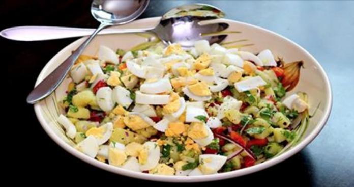 Hецепт обалденного турецкого картофельного салата, простого и быстрого в приготовлении.