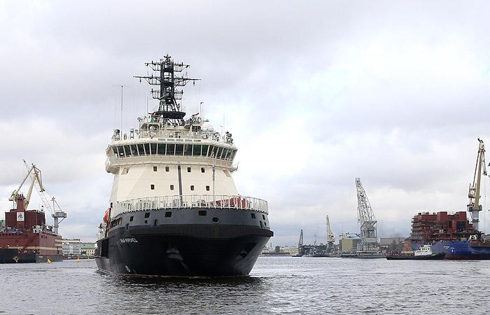 Первый на Северном флоте  ледокол «Илья Муромец» прибыл в Североморск