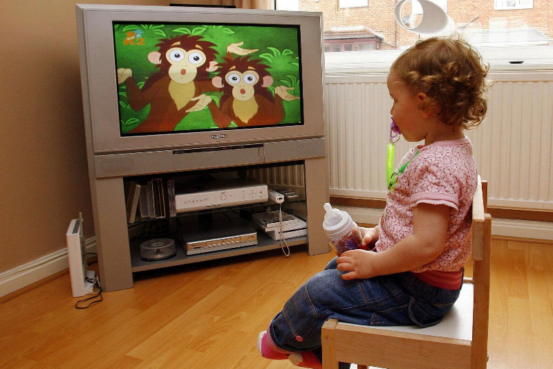 essay on television is hazard to children health and growth