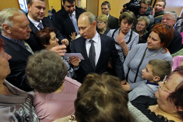 За что народ обиделся на Путина?