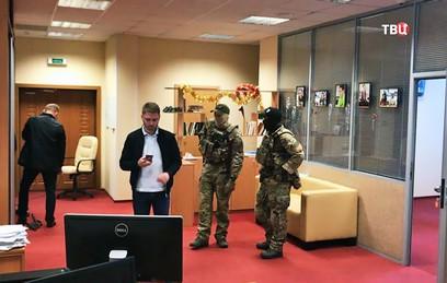 Правозащитники требуют прекратить травлю неугодных Киеву журналистов