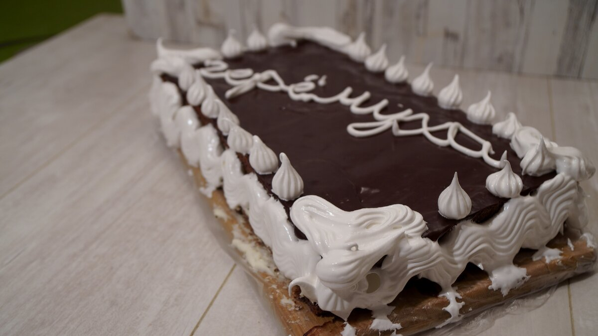 Черемуховый торт – просто и необычно: на современном столе нечасто появляются эти ягоды