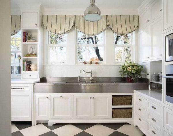 Как выбрать красивые шторы на кухню