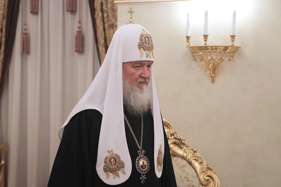 Патриарх Кирилл уволил со вс…