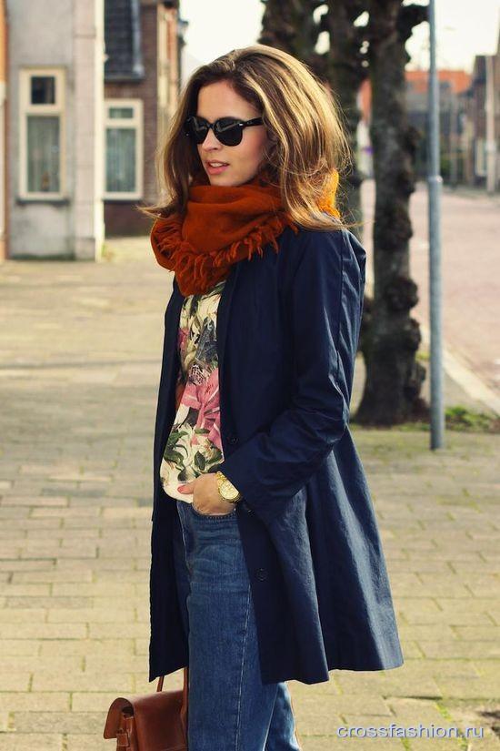 какой цвет шарфа под черное пальто и синюю шл¤пу