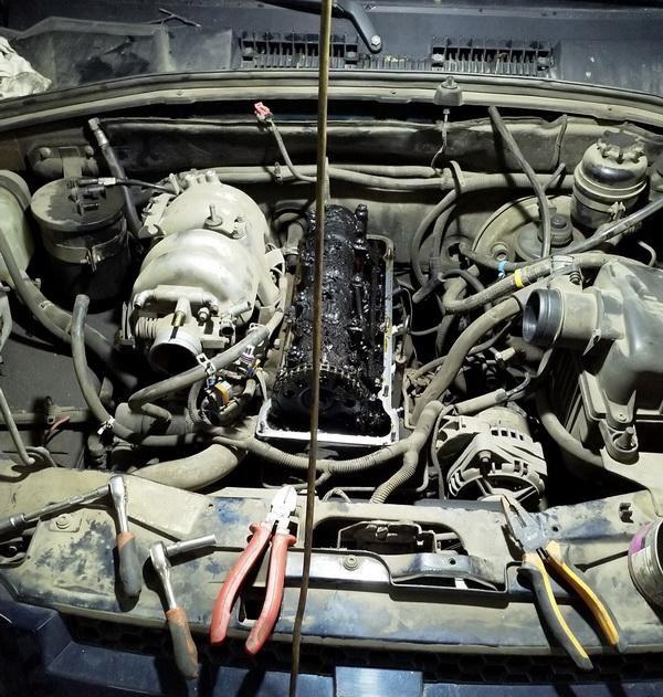 Если забыть залить масло в двигатель