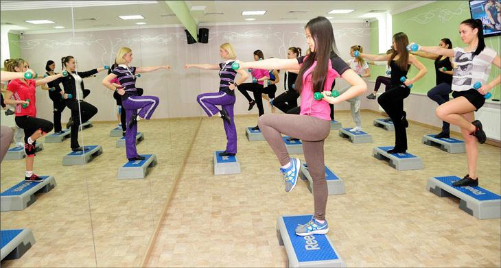 ДЕРЖИМ ФОРМУ. Тренировки для женщин. Тренировка ягодиц для девушек подростков