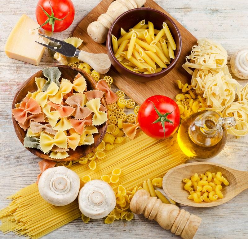 спагетти с сыром и ветчиной