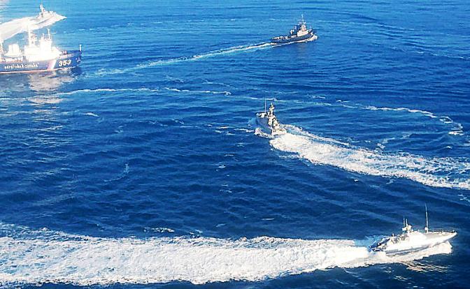 Корабли Украины пошли на штурм Крымского моста