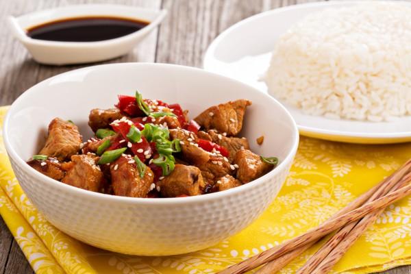 Жареное мясо с сезамом