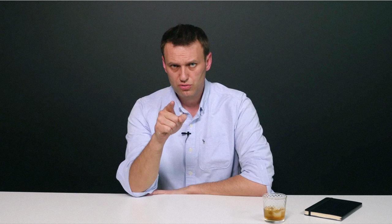Навальный спорит с Усмановым об изнасиловании